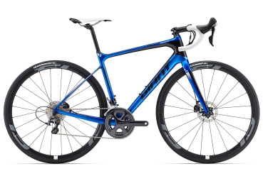 Giant Rennrad Defy Advanced 2 Pro blau